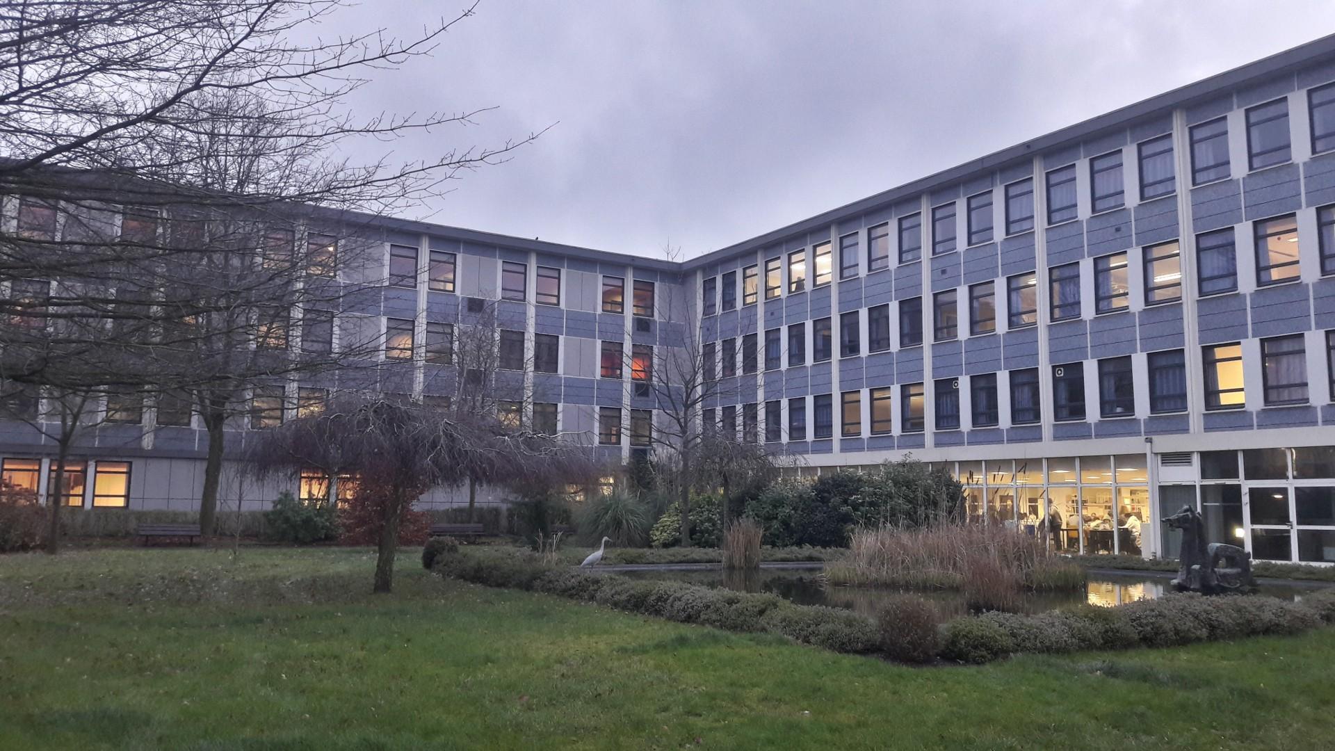 Les bâtiments 2 et 3 au lycée Gaston Berger